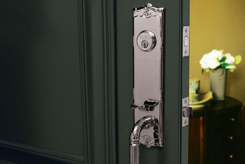 стильные входные металические двери